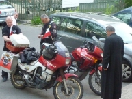 Rajdowcy gotowi do odjazdu